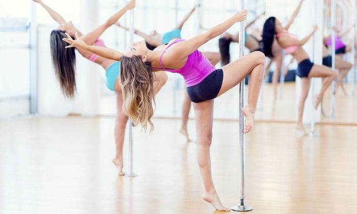 POLE DANCE DEBUTANT / INTERMEDIAIRE