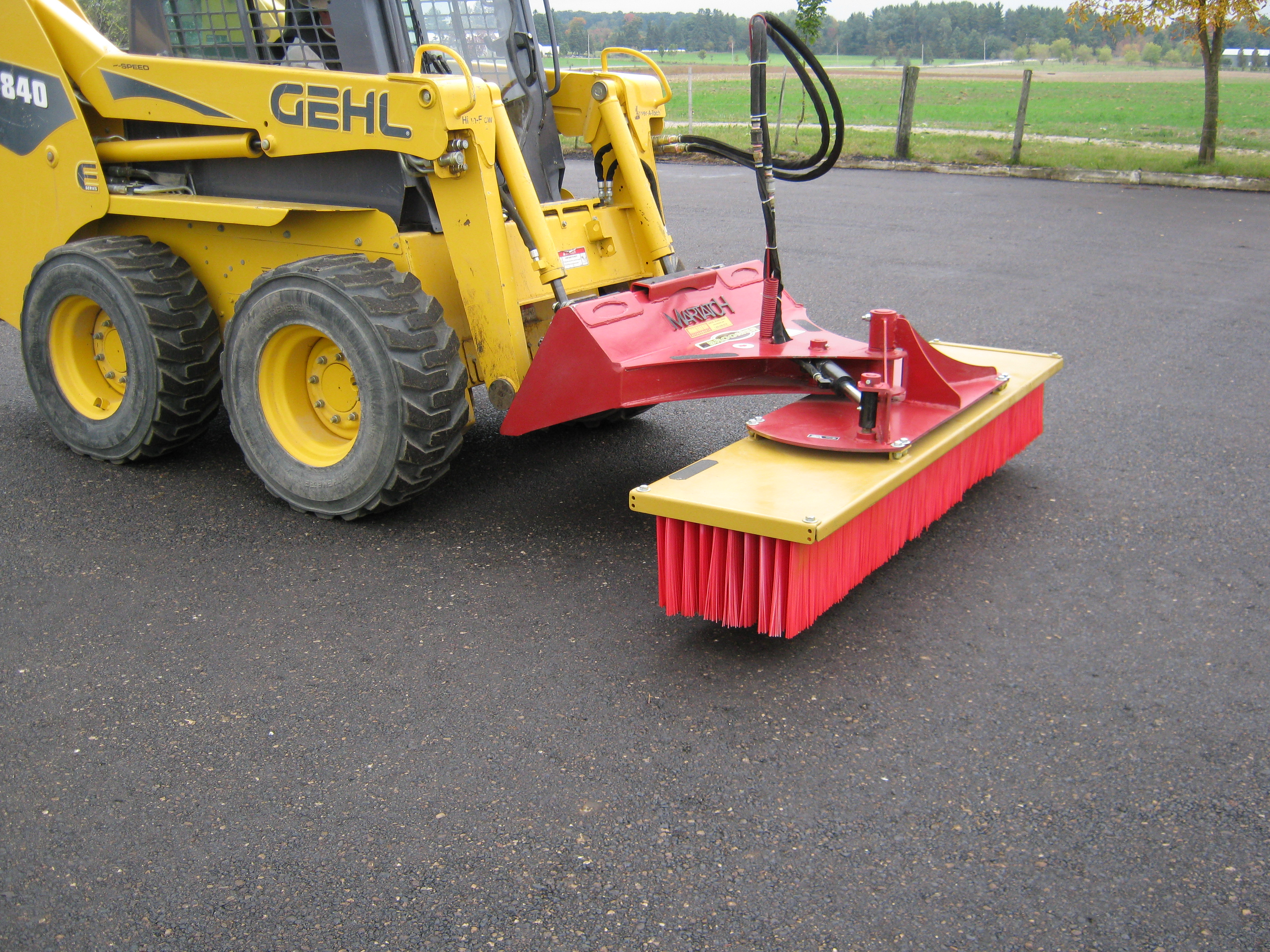 Push Broom w/Hyd. Angle - MAPB