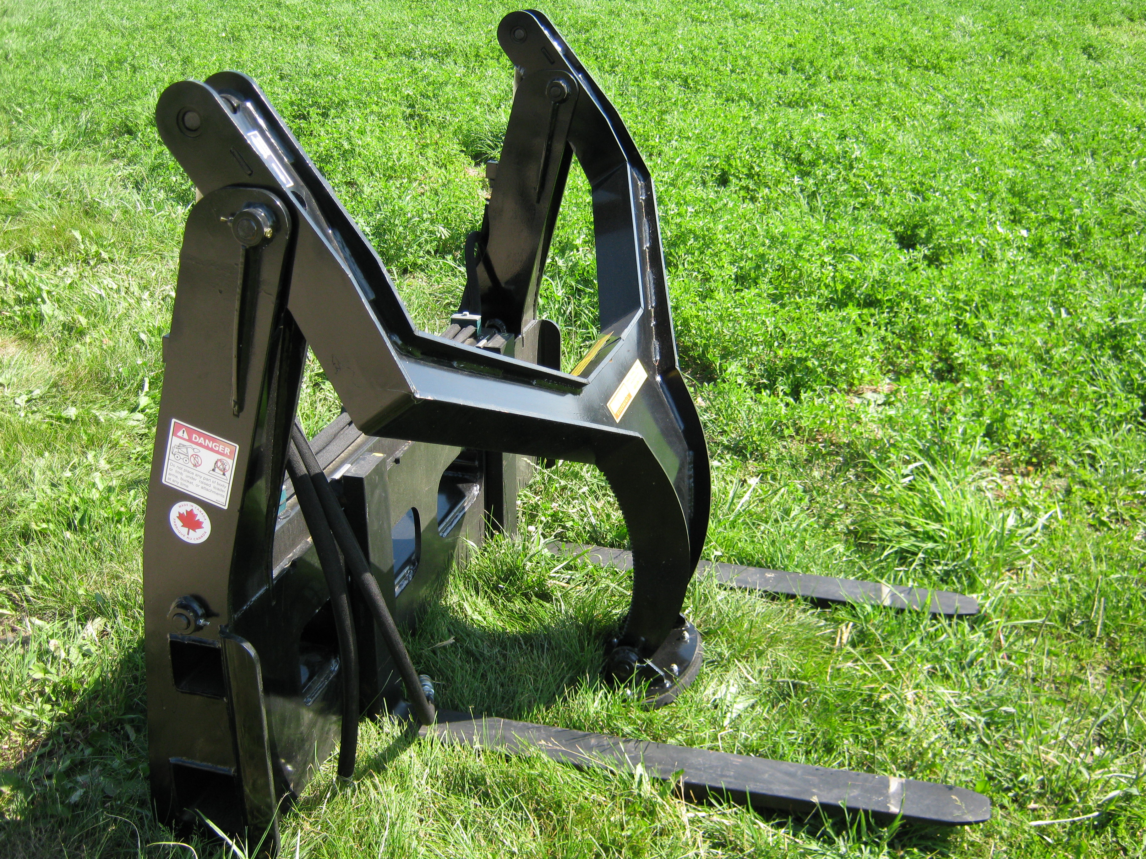 Single Arm Pallet Fork Grapple