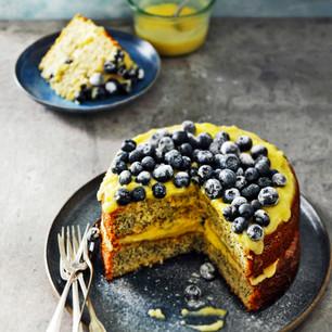 Citroentaart met lemoncurd en blauwe bessen