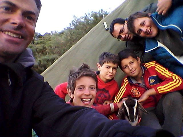 Grupo de Anciles con Peloto