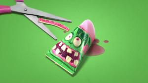 01-Zombis-green-tijeras