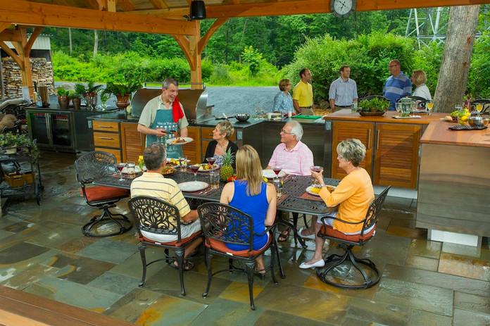 Hynson-pavilion-outdoor-kitchen-people-4