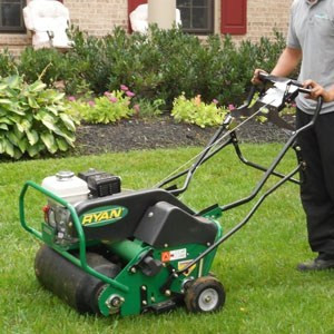 4 TIPS ON HOW TO AERATE YOUR LAWN