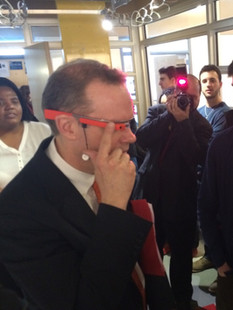 Syracuse U Chancellor learns about Google Glass from a Starship crewman