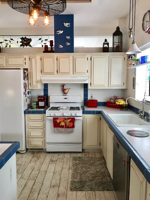 Red White & Blue Kitchen