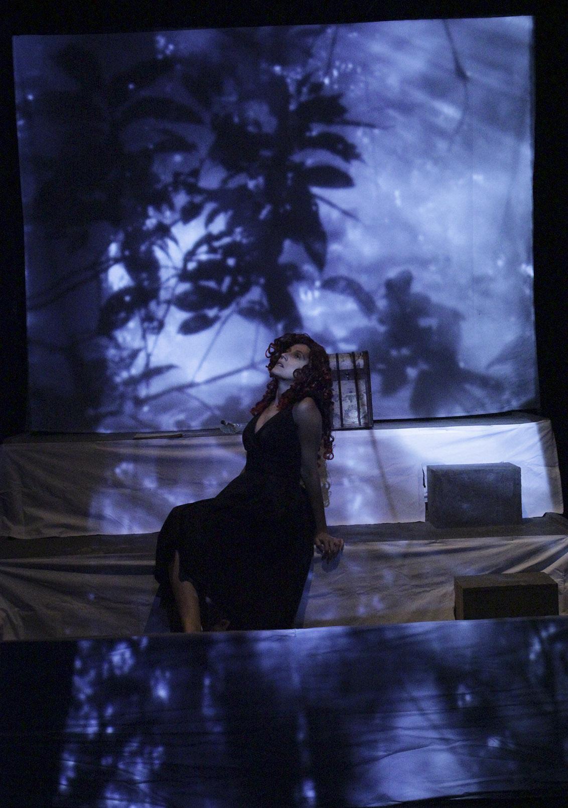 La señora M. en la selva.