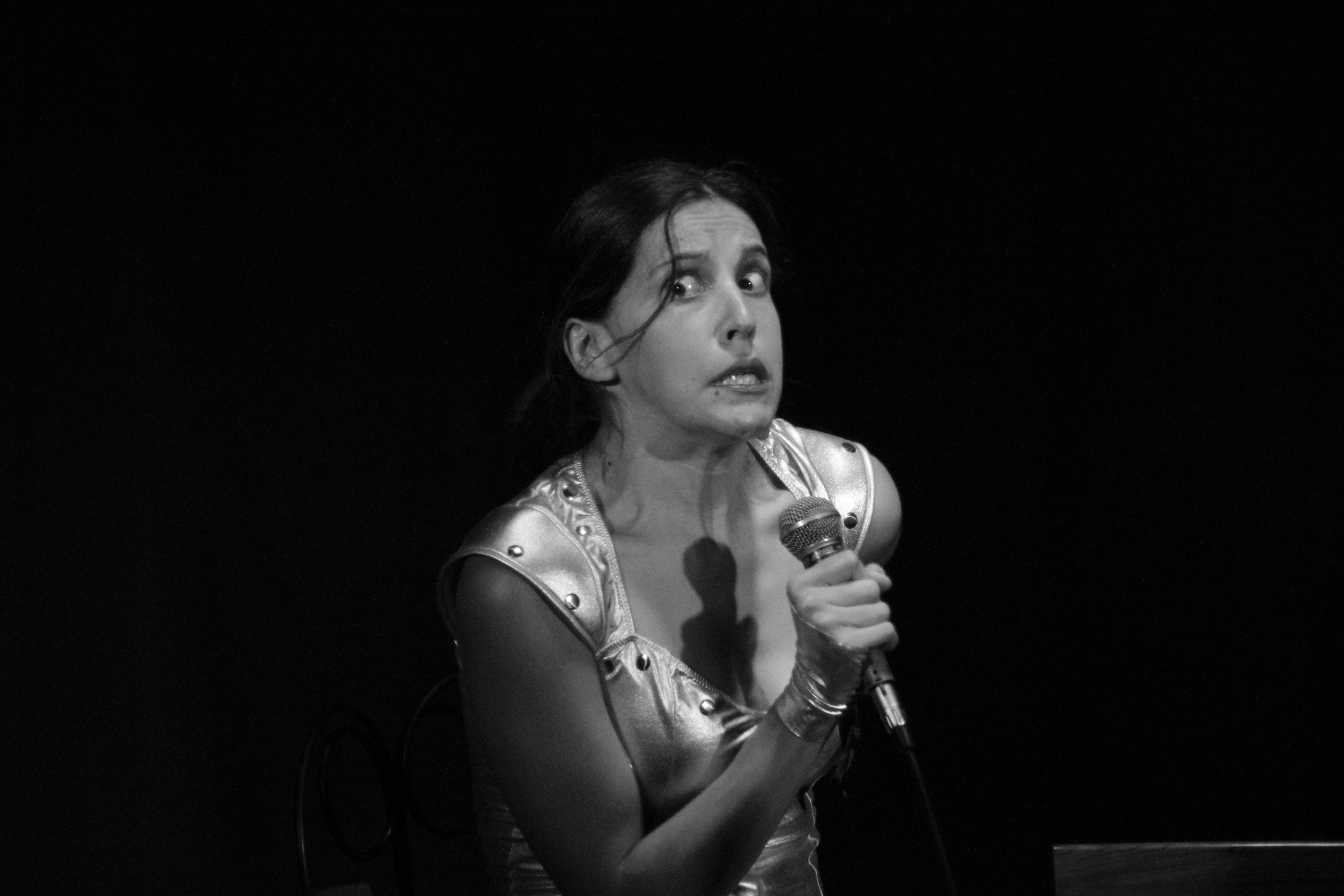 La Tin Woman 2