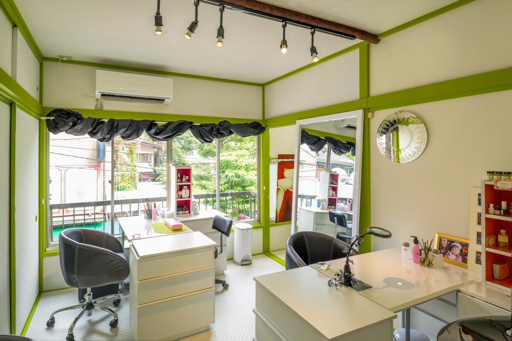 JoliNails, home to internationally winning nails, Japan\'s #1 threading