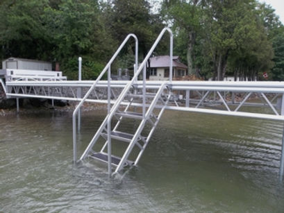 Naylor Docks boat dock boat lift