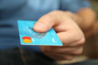 Vai Viajar para o Exterior? Cartão de Crédito, Cartão de Viagem ou Espécie?Top 10 dicas de como leva