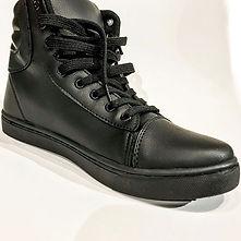 Sneakers 🔥_.jpg