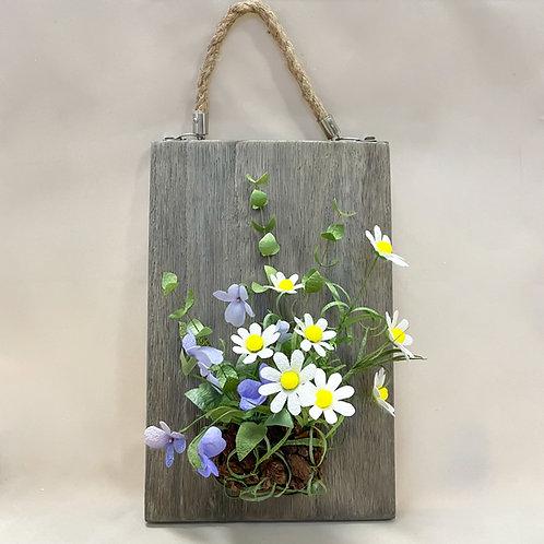 野に咲く花々の壁掛け