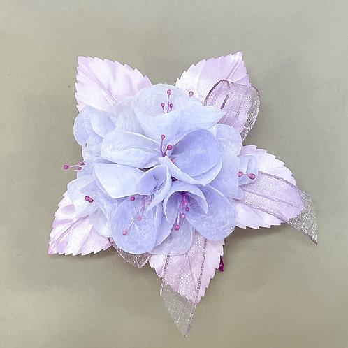 淡紫のコサージュ