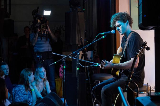 Vance Joy Previews New Album Live  On Facebook