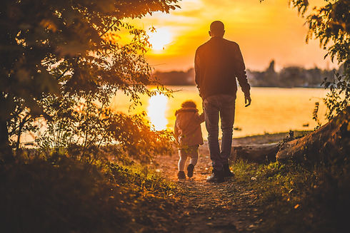St. Louis attorney hiking with child