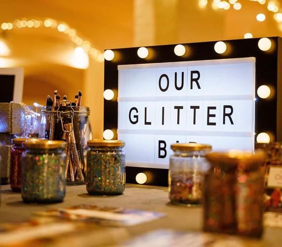 Glitter bar set up
