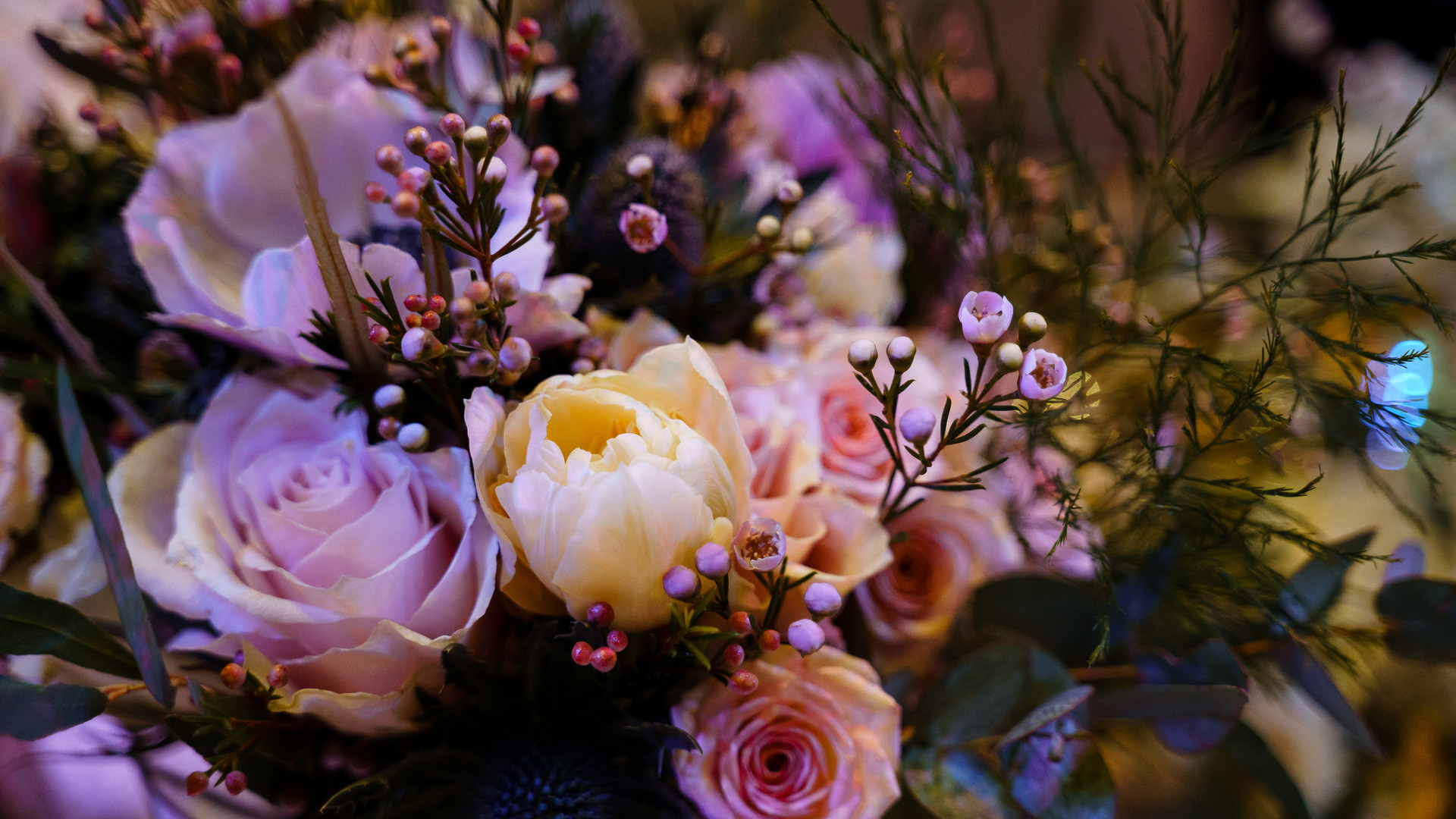 Spiral events wedding fayre, flowers from The Blooming Workshop.  Photo by Katherine and Her Camera