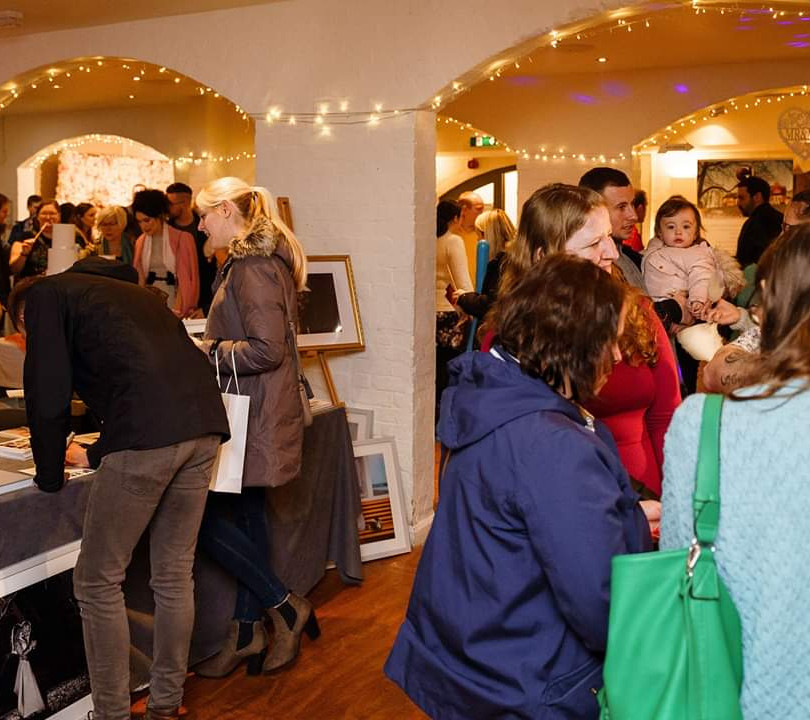 Visitors at a spiral events wedding fayre in hampshire. Getting married in hampshire