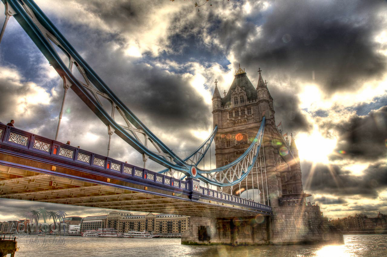 Tower Bridge - Sun