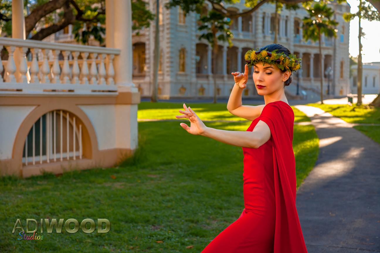 Kristina Anapau - Iolani Palace