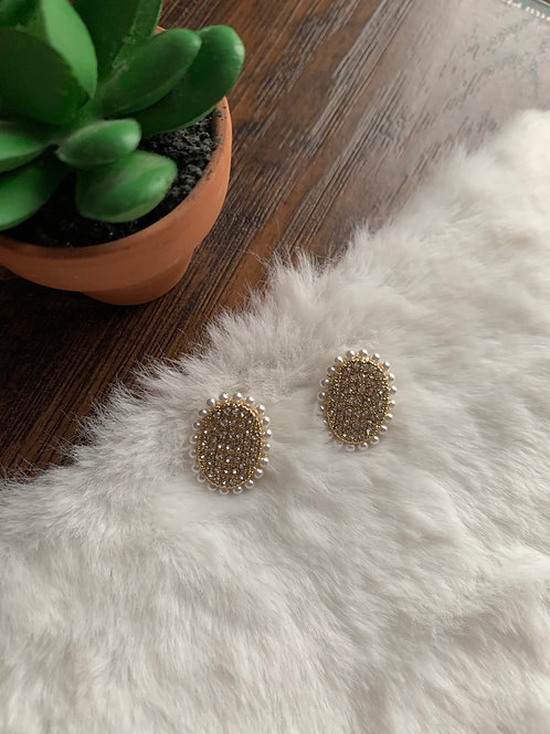 Pearl Ring Studs