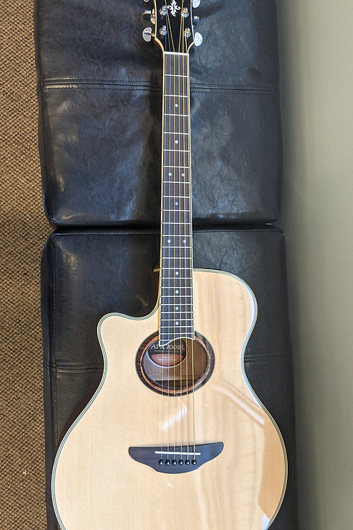 Yamaha APX700IIL Lefty Natural Acoustic Electric Guitar