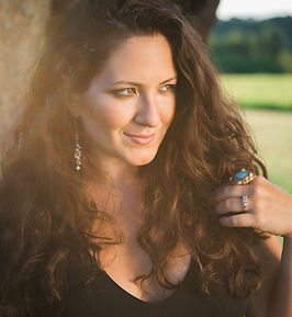 Nicole Zuraitis