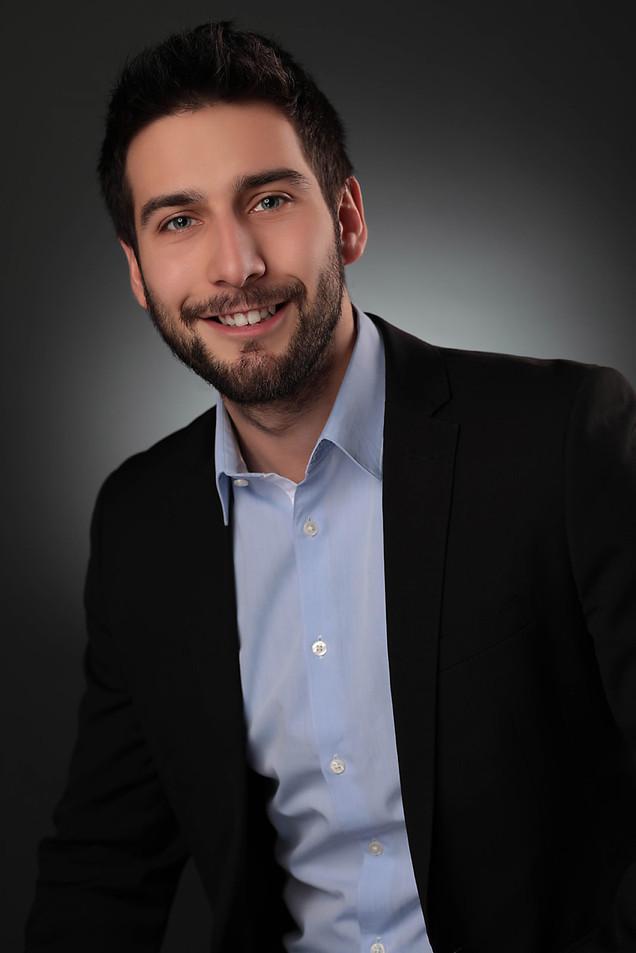 corporate-headshot-photography-adam-broo