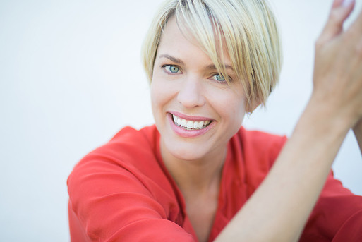 commercial-headshot-photography-model-3.