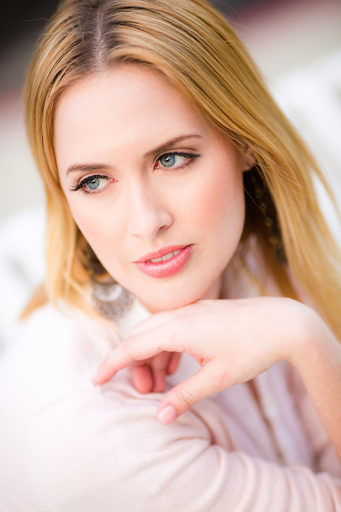 commercial-headshot-photography-model-6.