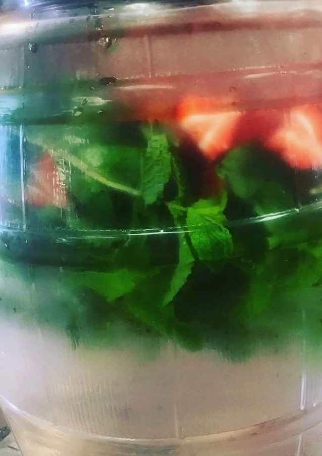 Fresh Infused Water   Strawberry Mint