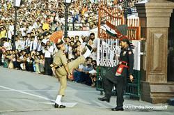 02-Inde-Pakistan_Acrobaties_2007