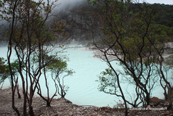 19-Other Volcano - White Crater