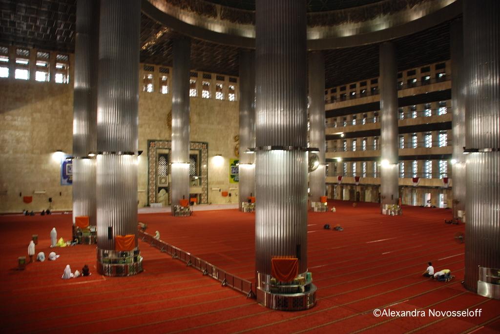 11-Jakarta Mosque