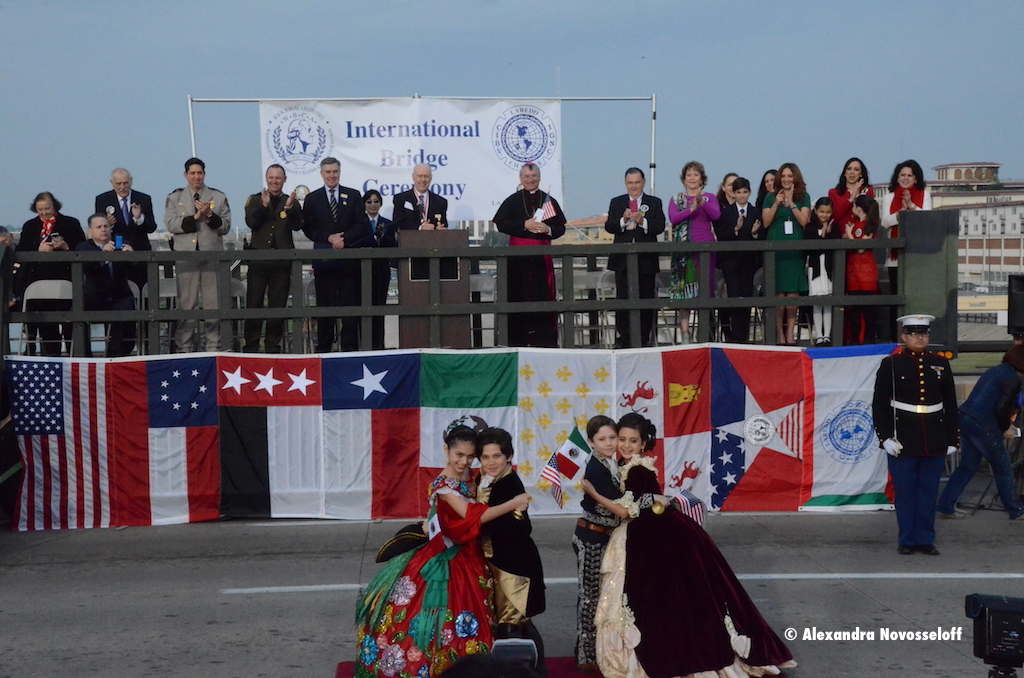 187-AN-RioGrande-Laredo-Embrazo Ceremony_2014