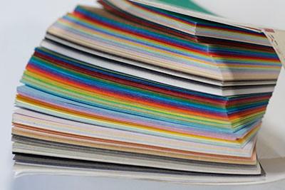 紙によって、厚みや材質が全然違う話