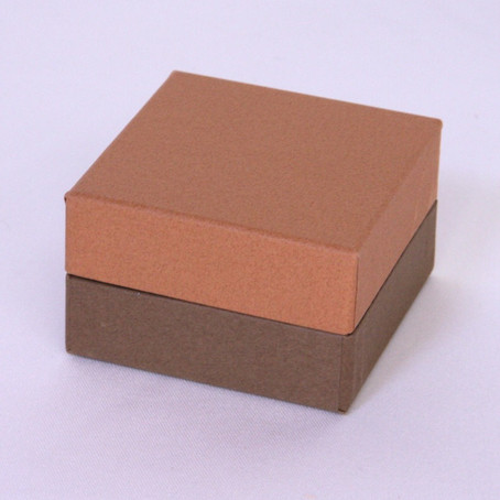 最近ちょっと人気の貼り箱の形