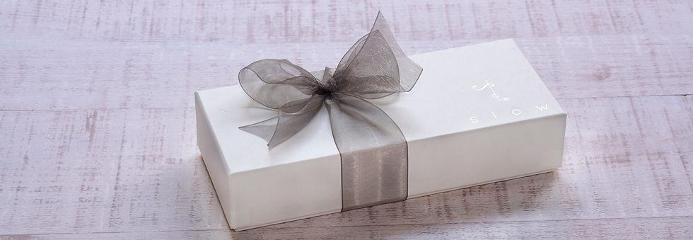 洋菓子の箱