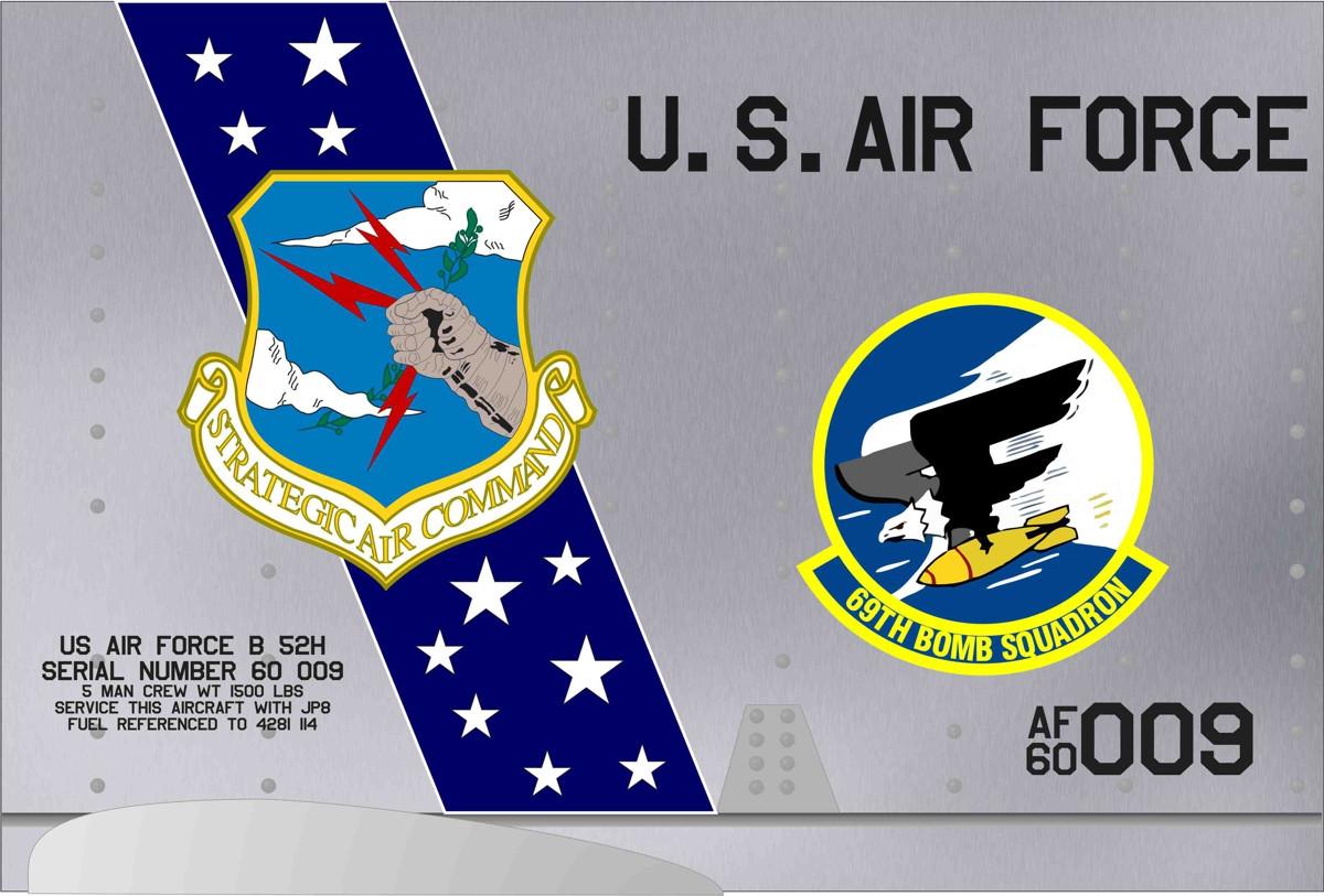 B-52 panel 69BS SAC