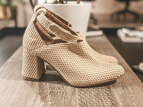 Bridal Boots in Rafia