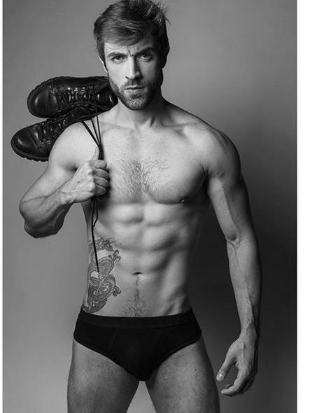 Lucas Rodrigues- SUPER AGENCY.jpg4.png