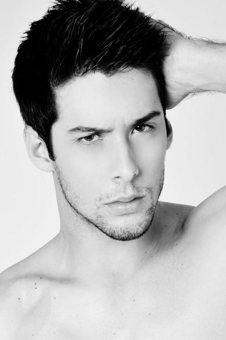 Rodrigo Aleixo 1 corte peb.jpg