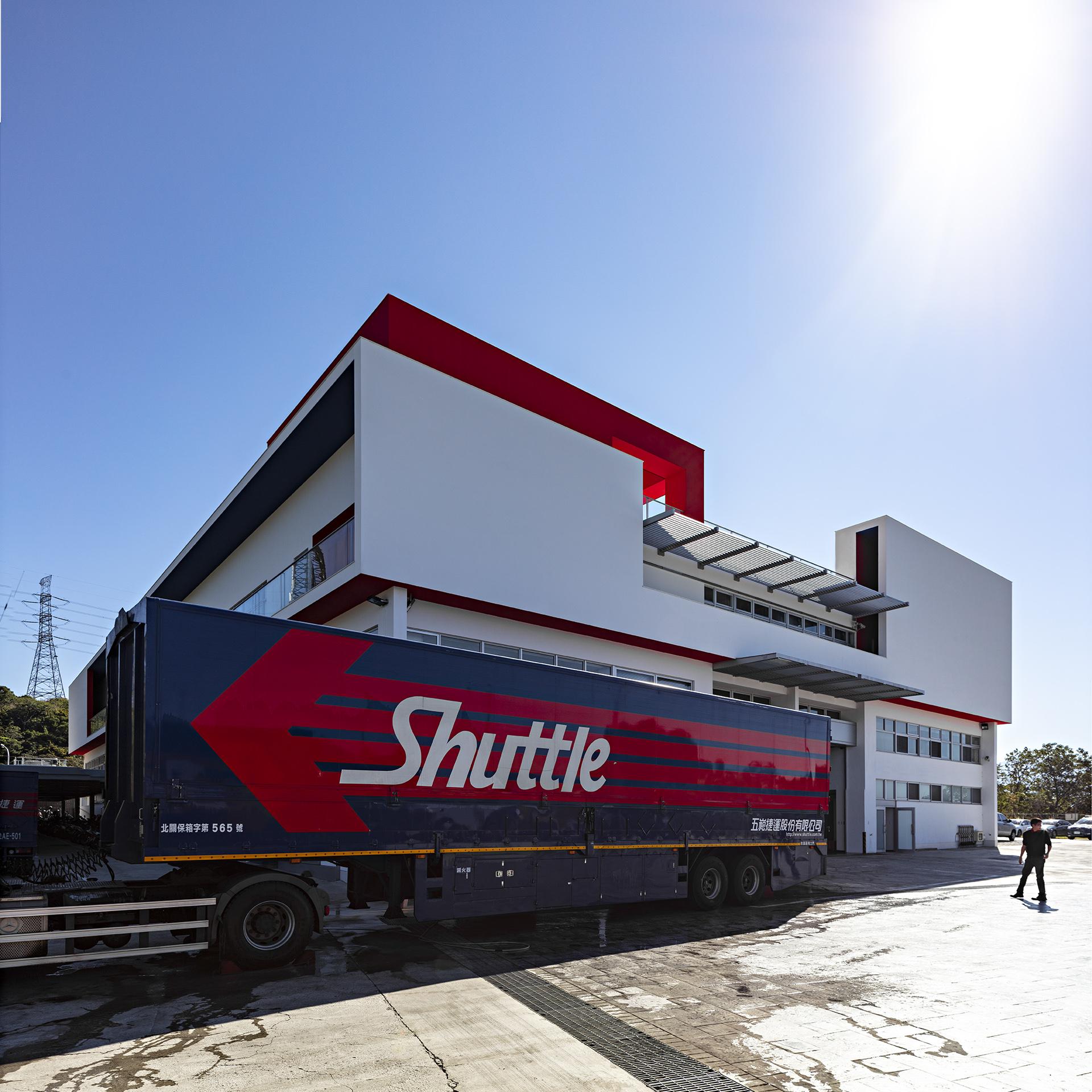 shuttle042