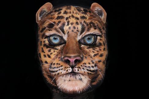 Illusion Big Cat Leopard Makeup