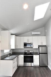 Kitchen 2_small.JPG
