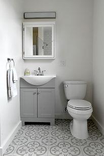 Bathroom 1_small.JPG