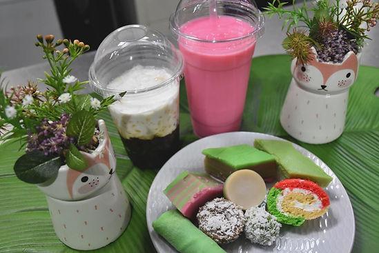 malaysian sweets stall