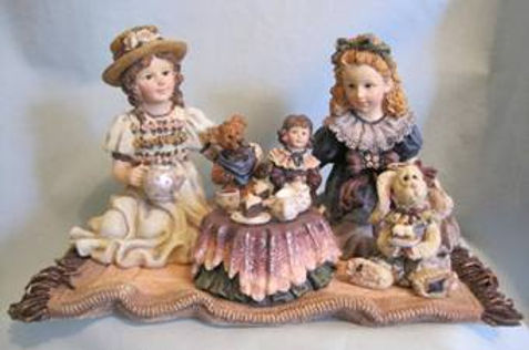 art and craft collectables