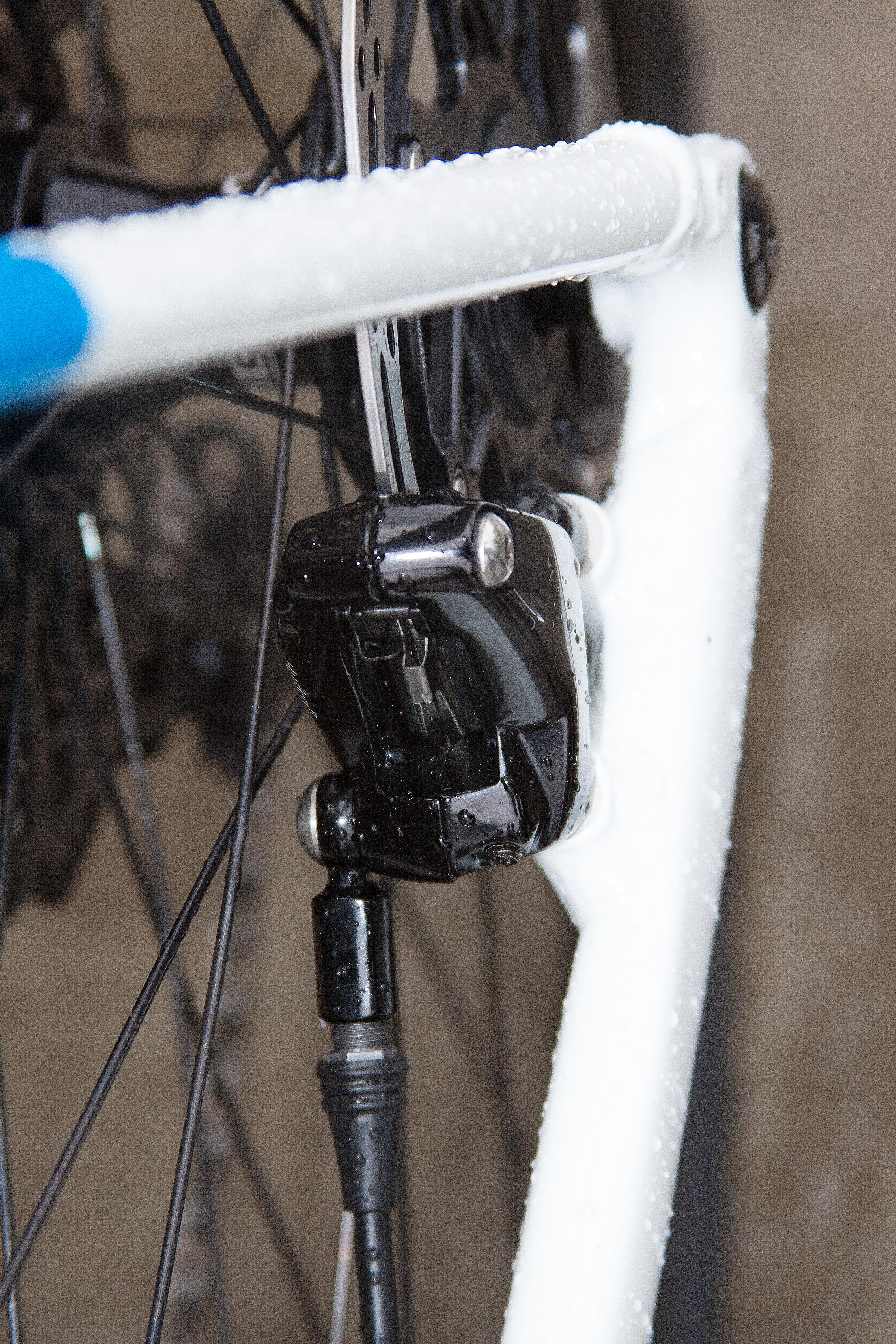 CX3 FM 160 disc brakes
